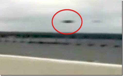 ufo pensacola thumb UFO filmado por câmera de iPhone próximo a Ponte de Pensacola, na Flórida