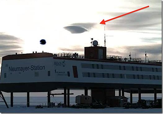 ufo nuvem antartica thumb UFO ou nuvem? Algo aconteceu próximo a laboratório na Antártica