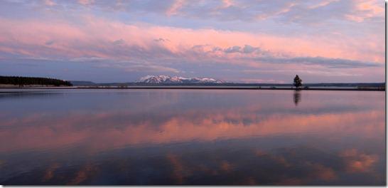 yellowstone lago thumb Visitantes de Yellowstone relatam música misteriosa