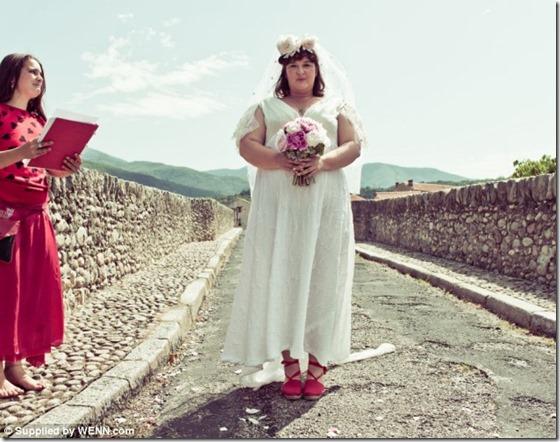 mulher casamento ponte thumb Australiana se casa com uma ponte na França