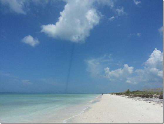 linha escura florida thumb Linha escura misteriosa aparece nos céus da Flórida