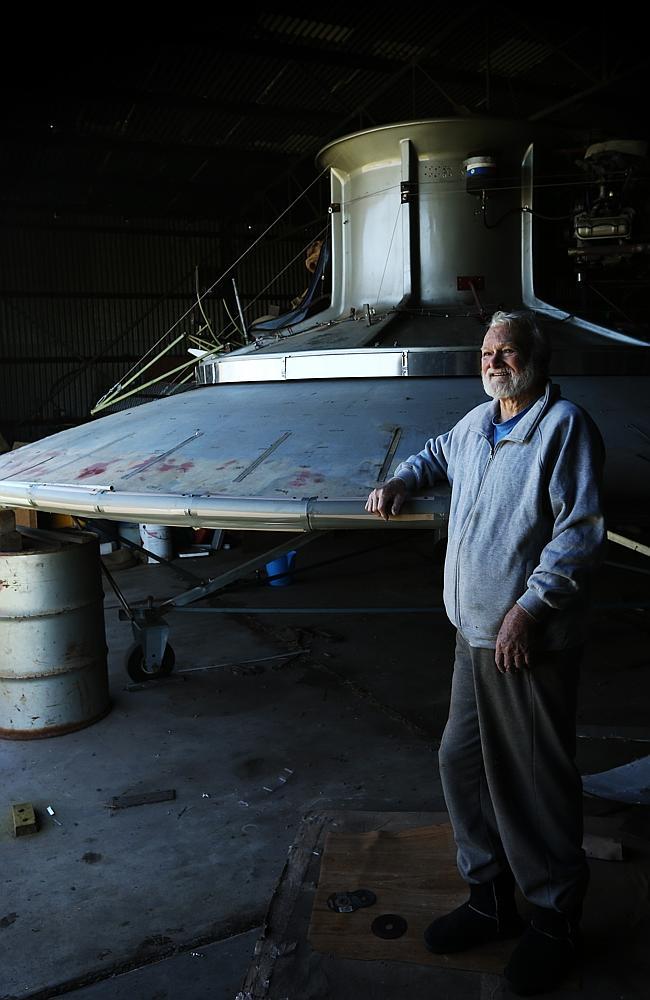 disco voador 2 Inventor está construindo seu próprio disco voador