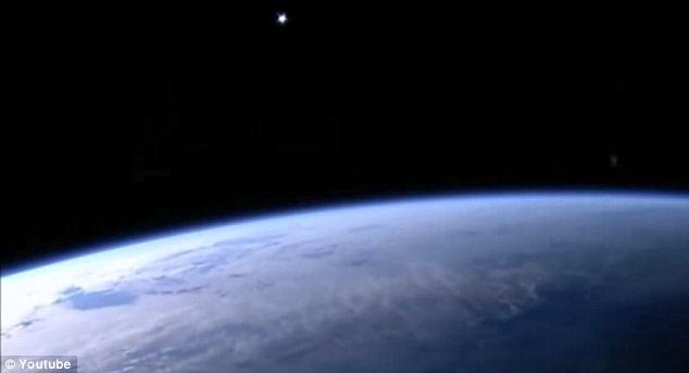 ufo estacao espacial OVNI incandescente avistado próximo a Estação Espacial Internacional