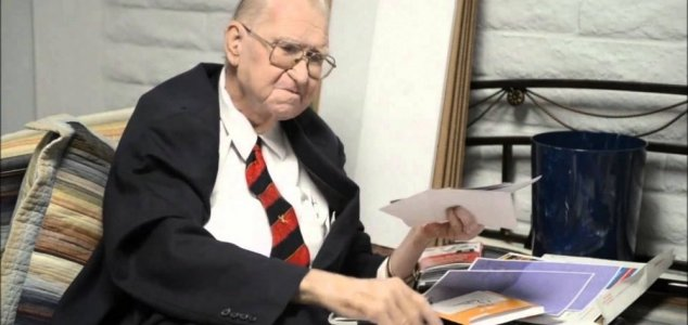bushman Ex cientista da Area 51 diz que OVNIs são reais