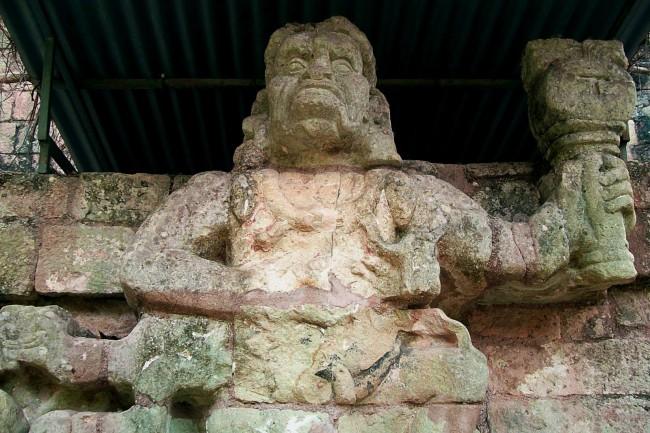 deus-macaco